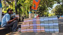 Jasa Penukaran Uang Bertebaran, Polisi Lamongan Sidak Antisipasi Uang Palsu