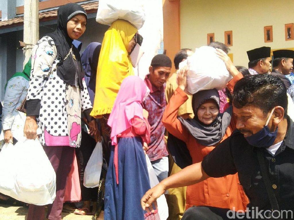 Operasi Pasar, 10 Ribu Warga Ciamis Terima Kepokmas Murah