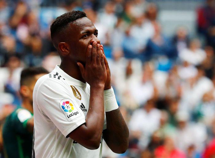 Real Madrid harus tunduk 0-2 dari Real Betis saat bertanding di Santiago Bernabeu pada Minggu (19/5/2019) sore WIB. Juan Medina/Reuters.