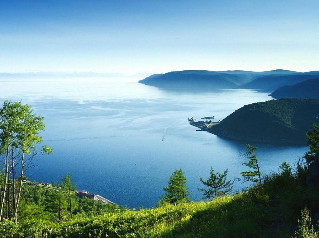 Danau Air Tawar Terbesar Dunia Terancam Tercemar