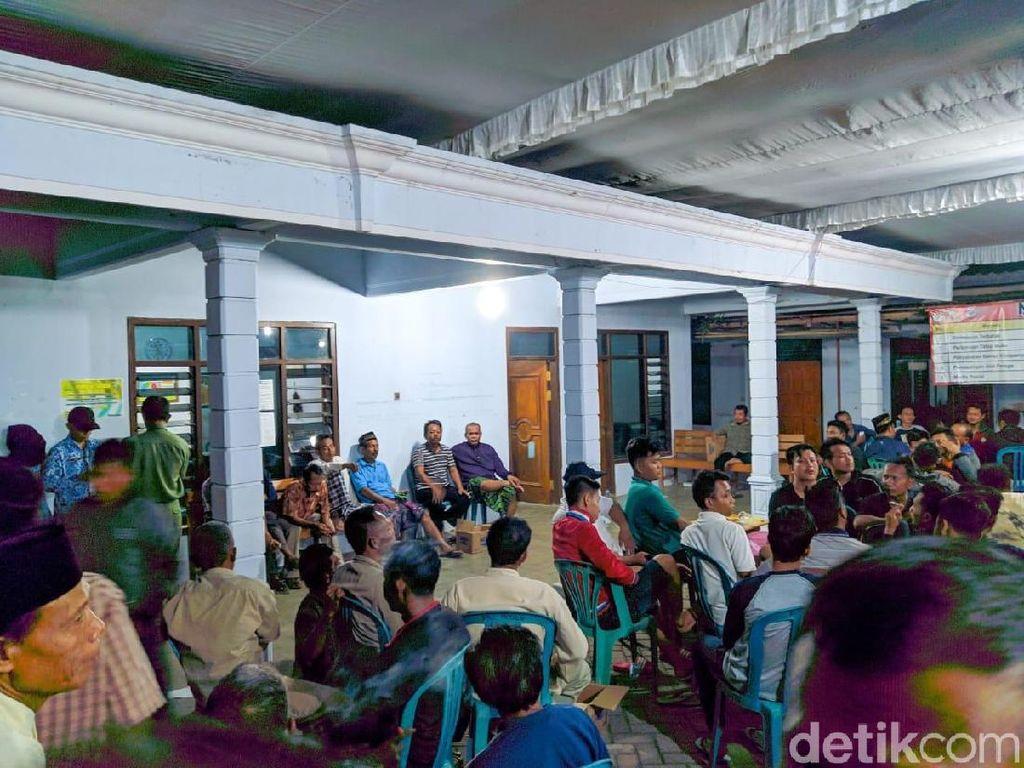 Kubu 02 Menang Tipis, Pendukung 01 Geruduk Balai Desa