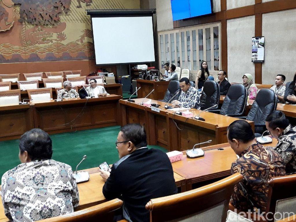 Ketua Komisi VI DPR Heran Garuda Untung Tapi Kena Bully