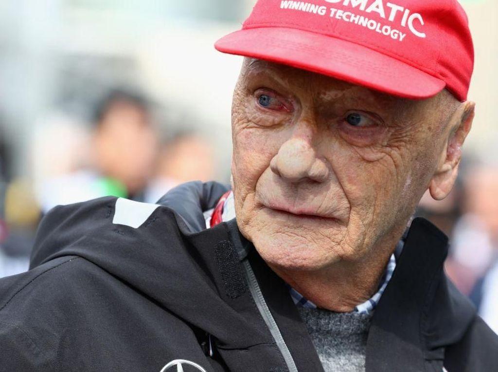 Meninggal Usai Cangkok Paru, Ini Riwayat Sakit Legenda F1 Niki Lauda