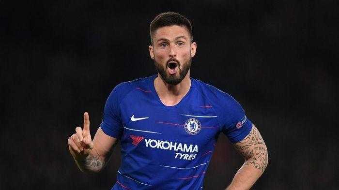 Olivier Giroud teken kontrak baru berdurasi setahun dengan Chelsea. (Foto: Mike Hewitt / Getty Images)
