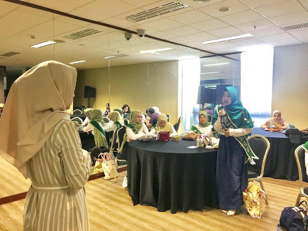 Pakai Hijab Tapi Akhlaknya Kok Gitu? Ini Jawaban Finalis Hijab Hunt
