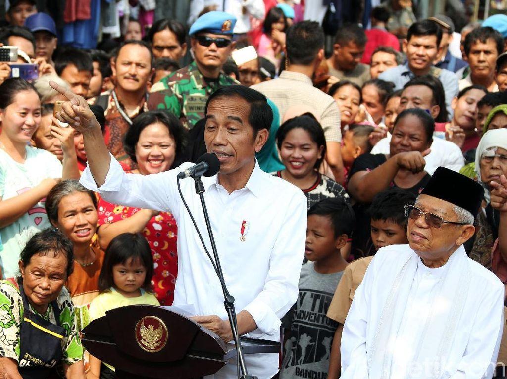 Potret Pidato Kemenangan Jokowi di Kampung Deret