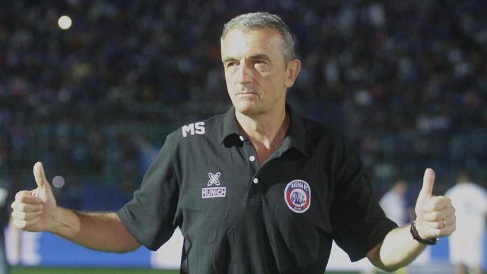 Pelatih Arema FC, Milomir Seslija (Ari Bowo Sucipto/foc/Antara)