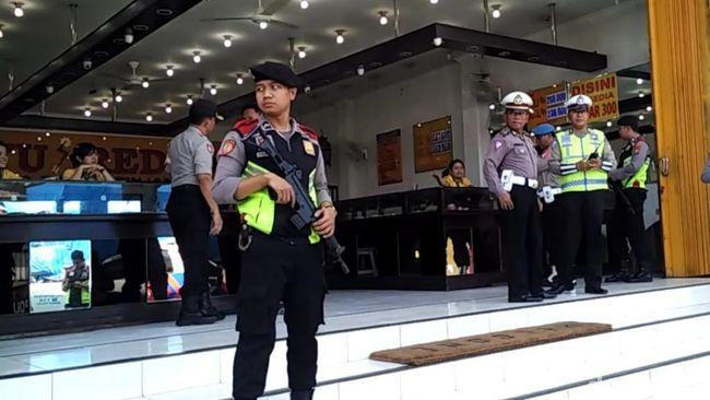 Berita Marak Kejahatan Bersenjata Bondet, Polisi Prioritaskan Pengamanan Toko Emas Jumat 20 September 2019