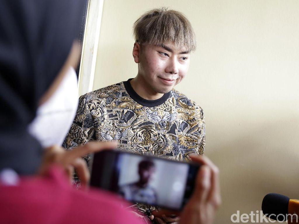 Kemampuan Diragukan karena Ditipu Asisten, Roy Kiyoshi Ngaku Sudah Terawang
