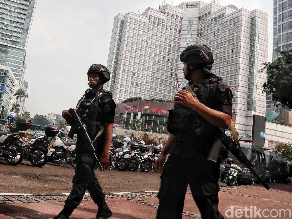 Polisi Jaga Ketat Seputaran Gedung KPU Hingga Bundaran HI