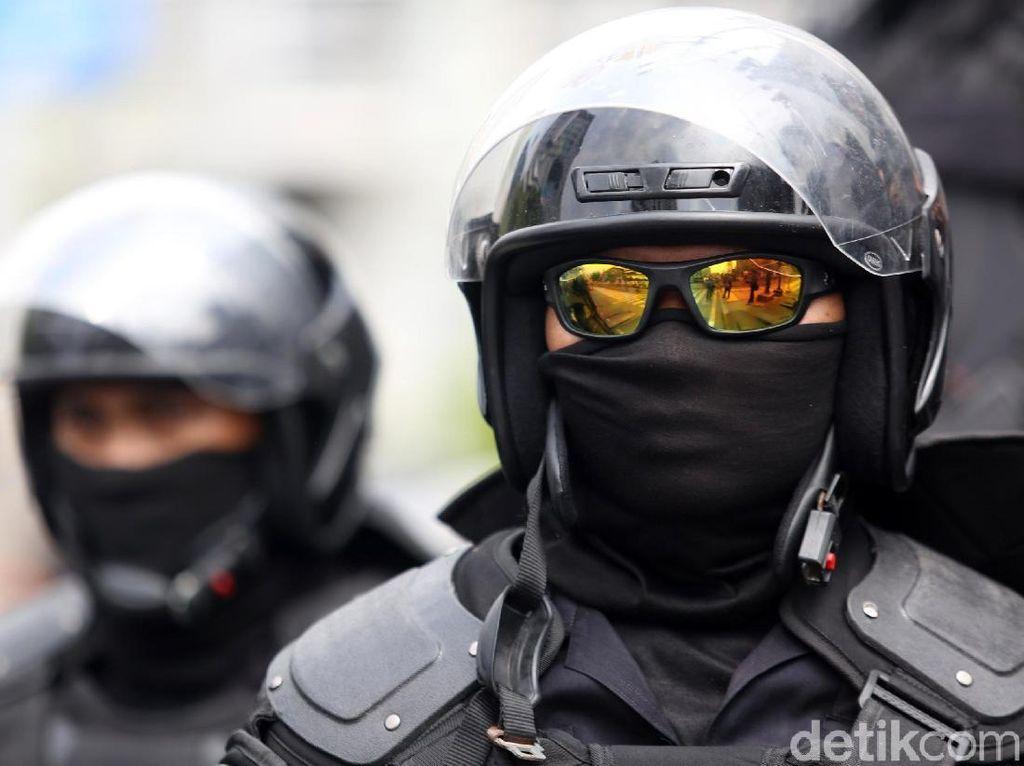 Dankor Brimob Bantah Belanja Alat Pengamanan untuk Demo Tolak UU Ciptaker