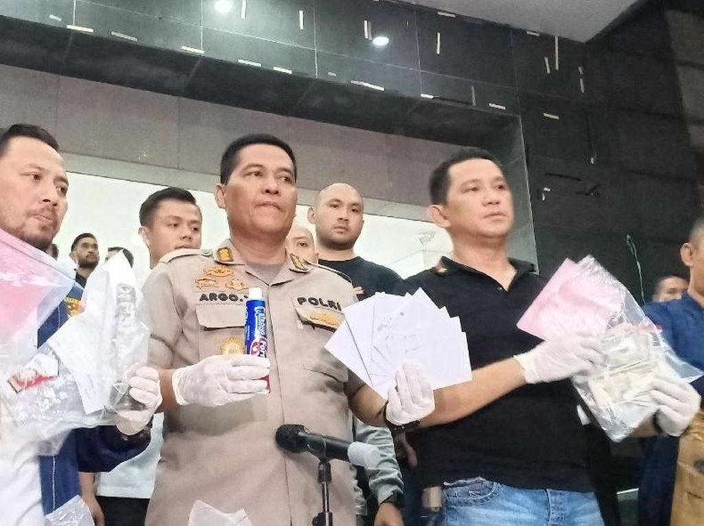 Daftar Barang Bukti yang Disita Polisi dari Aksi 22 Mei