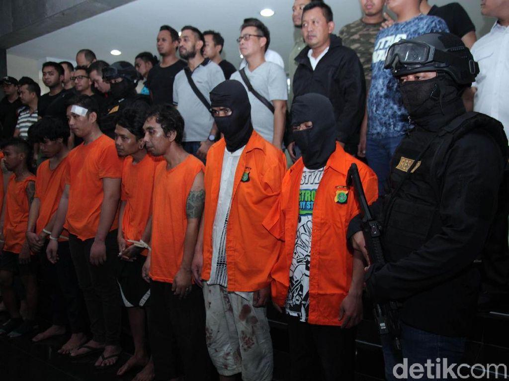 Tentang Rusuh 22 Mei: Rencana Serang Jokowi hingga Pendana Misterius