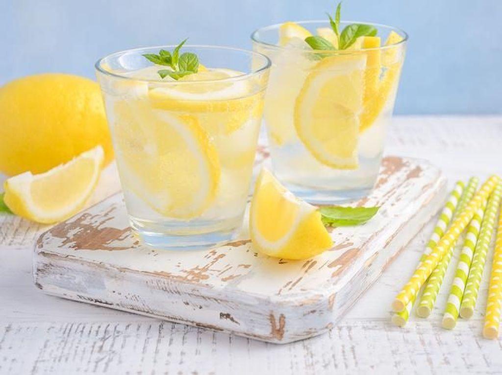 Selain Populer Sebagai Campuran Minuman, Ini 8 Fakta Menarik Lemon