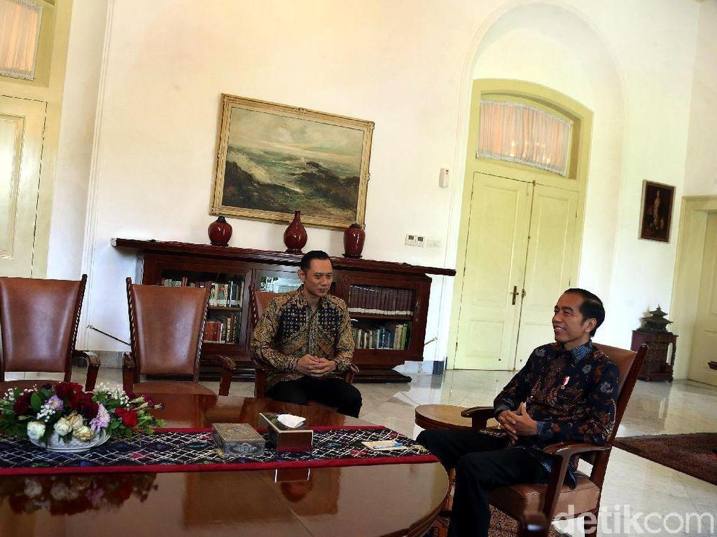 AHY Ucapkan Selamat ke Jokowi: Semoga Amanah dan Sukses