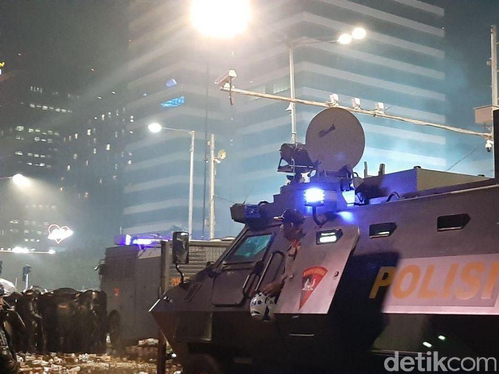 Intip Spesifikasi Water Canon Polisi yang Amankan Demo