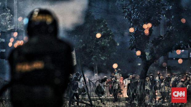 Polri disebut melakukan pelanggaran HAM dalam pengamanan kerusuhan 22 Mei.