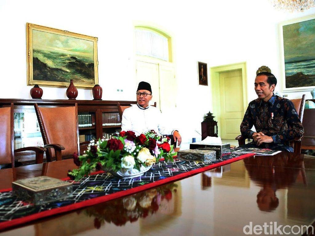 Zulhas: Pencabutan Lampiran Investasi Miras Bukti Jokowi Dengar Kritik