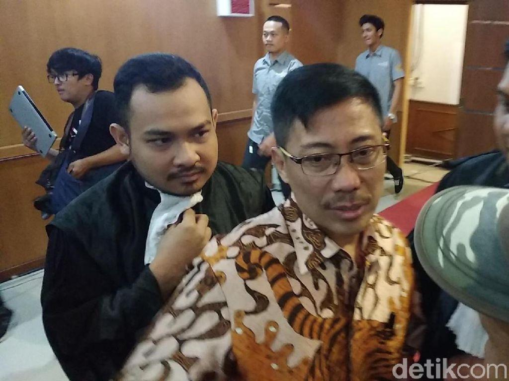 KPK Duga Bupati Cirebon Terima Gratifikasi Rp 50 Miliar