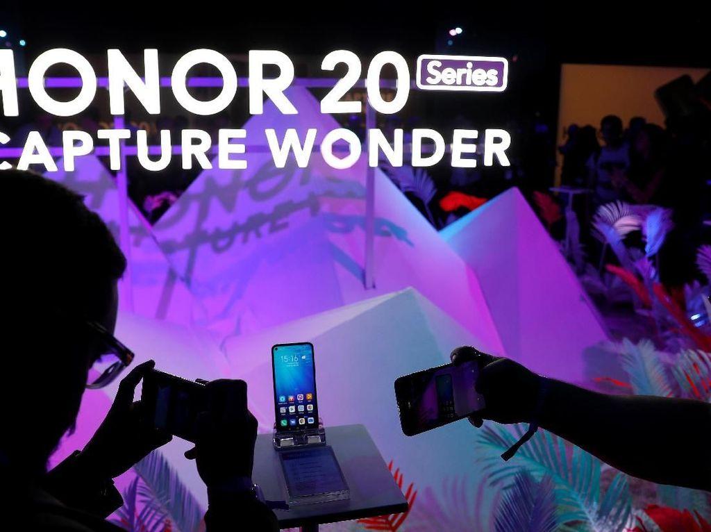 Honor 20 Terjual 1 Juta Unit dalam Dua Minggu
