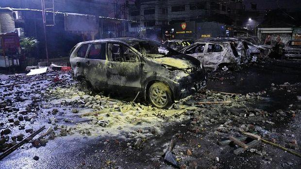Mobil Terbakar Aksi 22 Mei Belum Tentu Ditanggung Asuransi