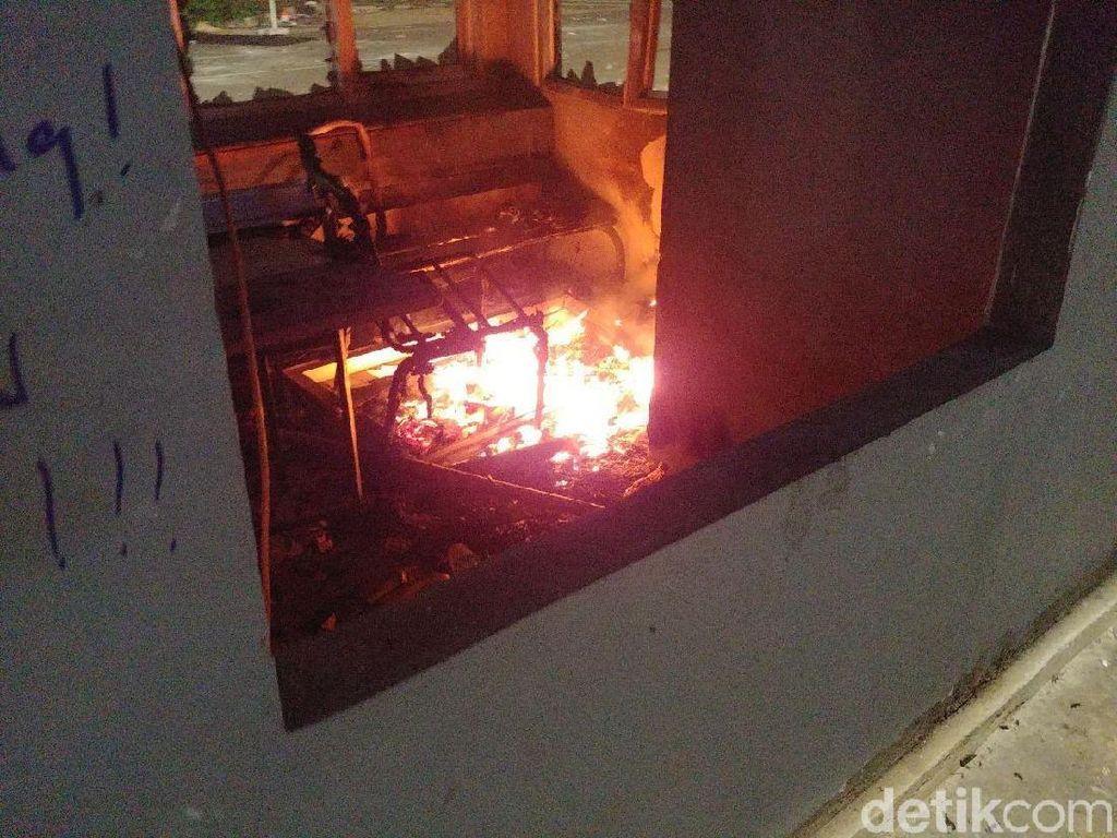 Potret Pospol Sarinah yang Dibakar di Tengah Kecamuk Rusuh 22 Mei