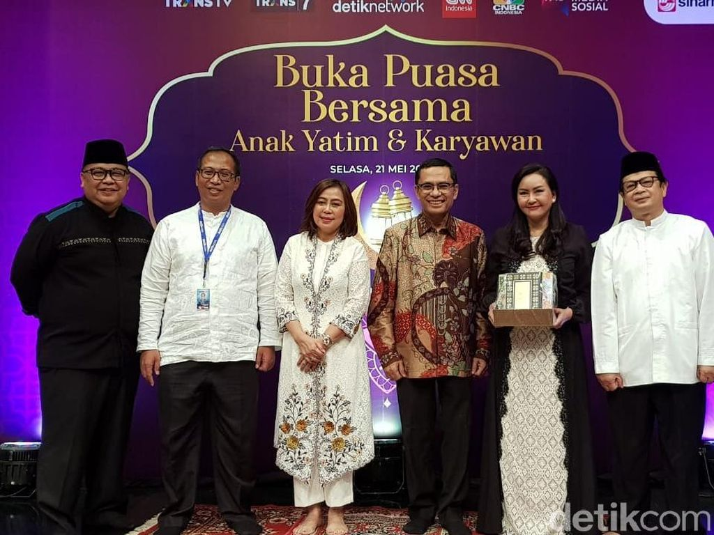 Transmedia Bukber Anak Yatim, Yayasan Muslim Sinar Mas Wakafkan Alquran