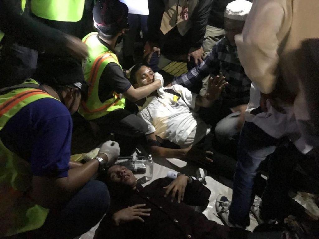 Ricuh di Depan Bawaslu, 2 Orang Terluka di Bagian Kepala