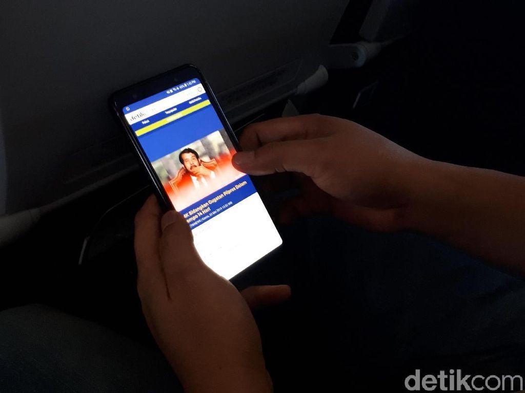Foto: Mencoba WiFi di dalam Pesawat Citilink, Secepat Apa?