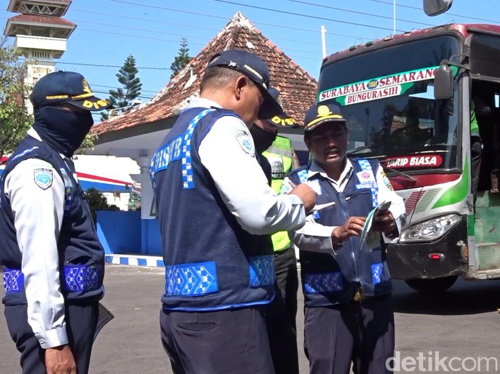 Jelang Arus Mudik, Bus di Rembang Dicek Kelayakannya