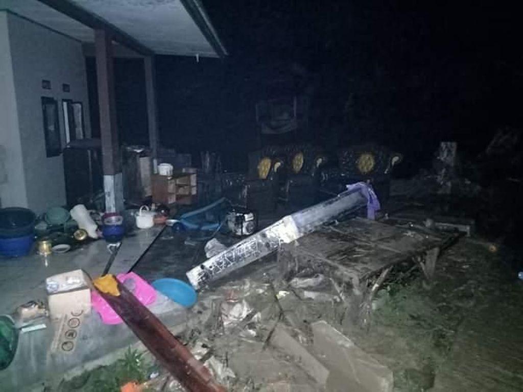 4 Kecamatan di Lebak Terkena Banjir Bandang, Puluhan Rumah Warga Rusak