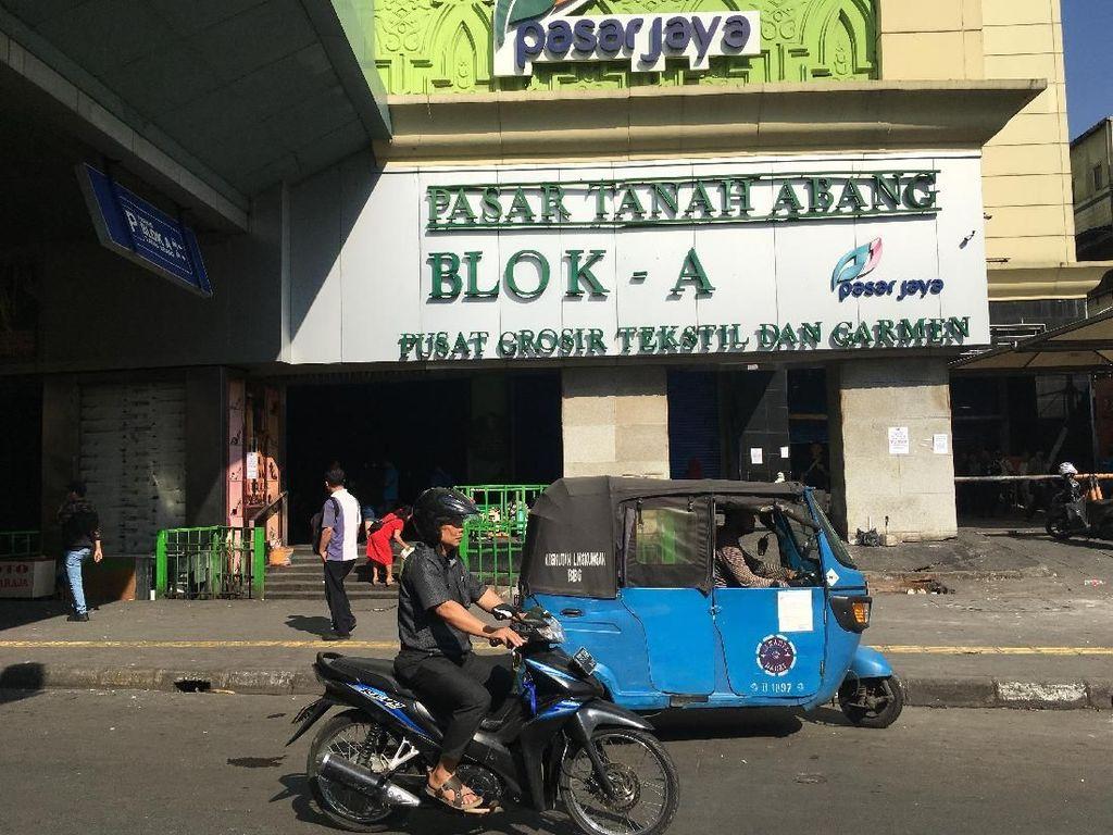 Mohon Maaf, Gedung Blok A Tanah Abang Masih Tutup