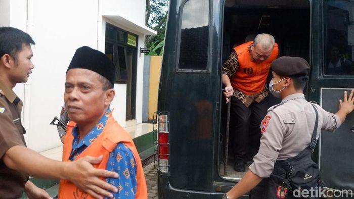 Terdakwa kasus mafia bola mantan anggota komite wasit Priyanto  (Uje Hartono/detikSport)