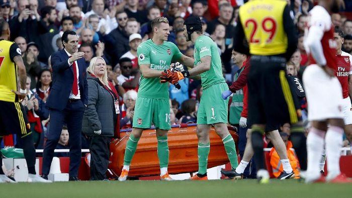 Bernd Leno dan Petr Cech, dua kiper Arsenal. (Foto: Julian Finney/Getty Images)