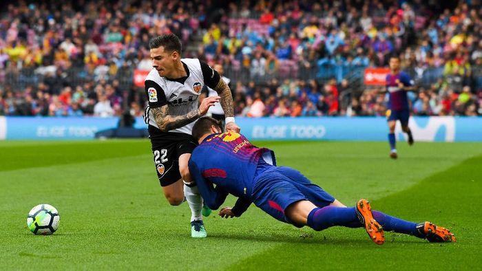 Barcelona vs Valencia akan berduel di final Copa del Rey (Foto: David Ramos / Getty Images)