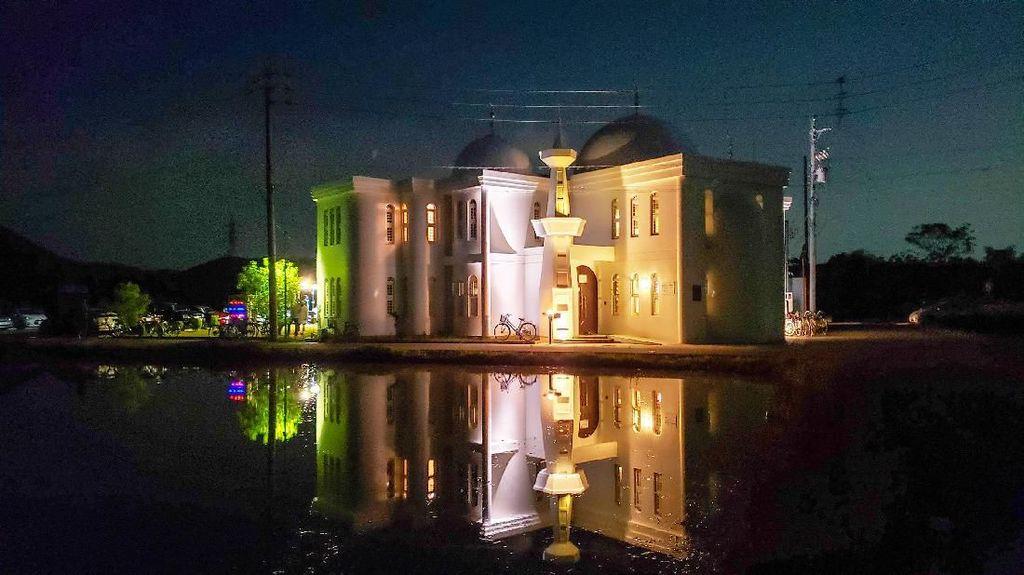 Cantiknya Masjid Gifu di Jepang