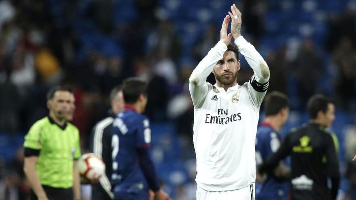 Sergio Ramos akan meninggalkan Real Madrid di musim panas? (Foto: Gonzalo Arroyo Moreno / Getty Images)
