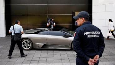 Meksiko Lelang Mobil Mewah untuk Disumbangkan ke Rakyat Miskin