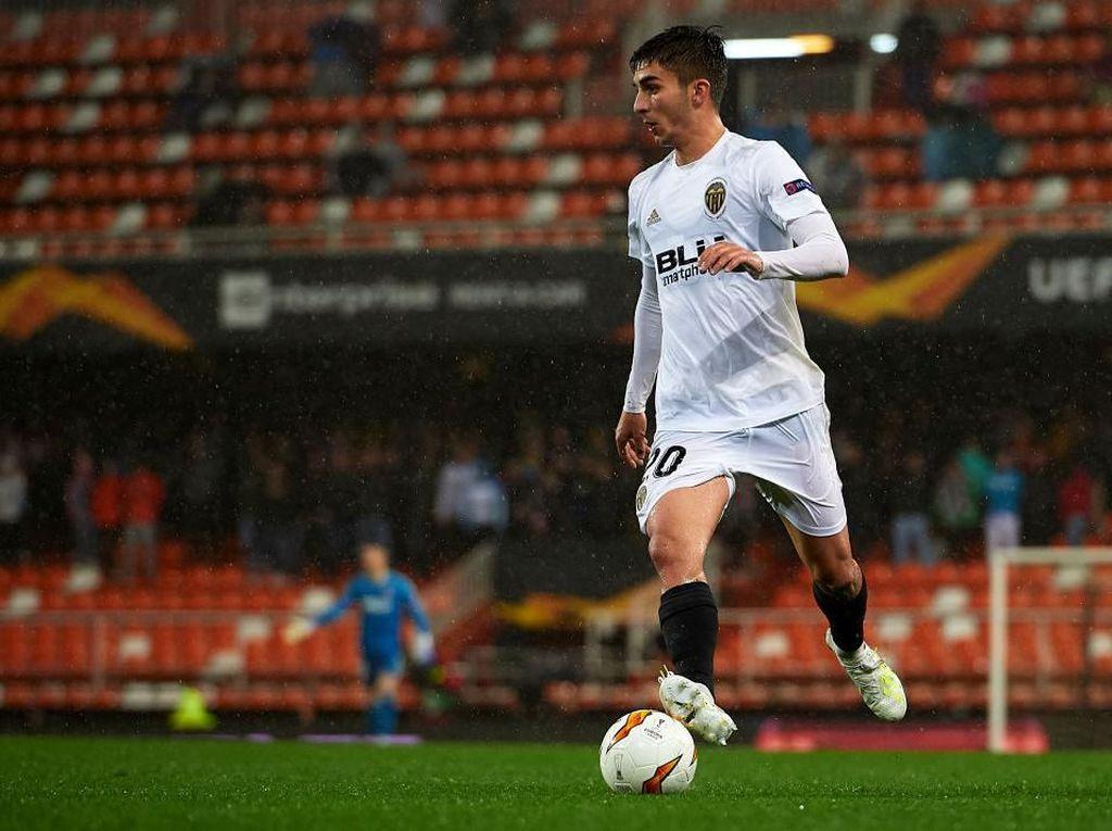 Ferran Torres Selangkah Lagi Gabung Manchester City