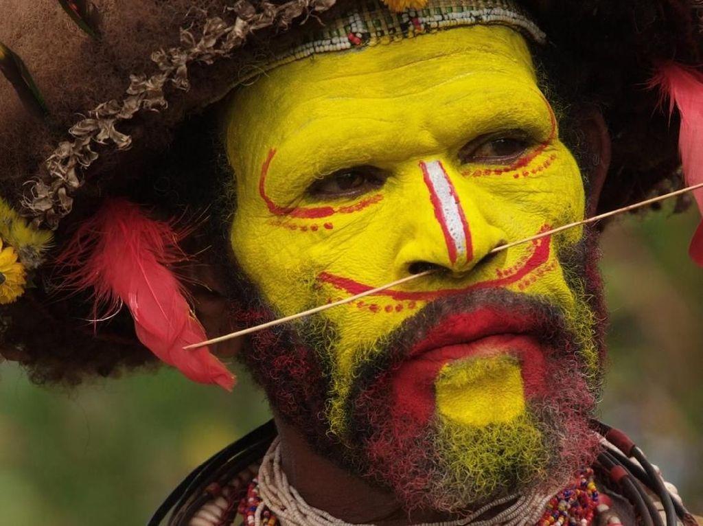 Huli, Si Manusia Berwajah Kuning