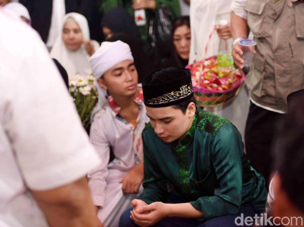 Ditinggal Ustaz Arifin Ilham, Alvin Tak Mau Larut dalam Kesedihan