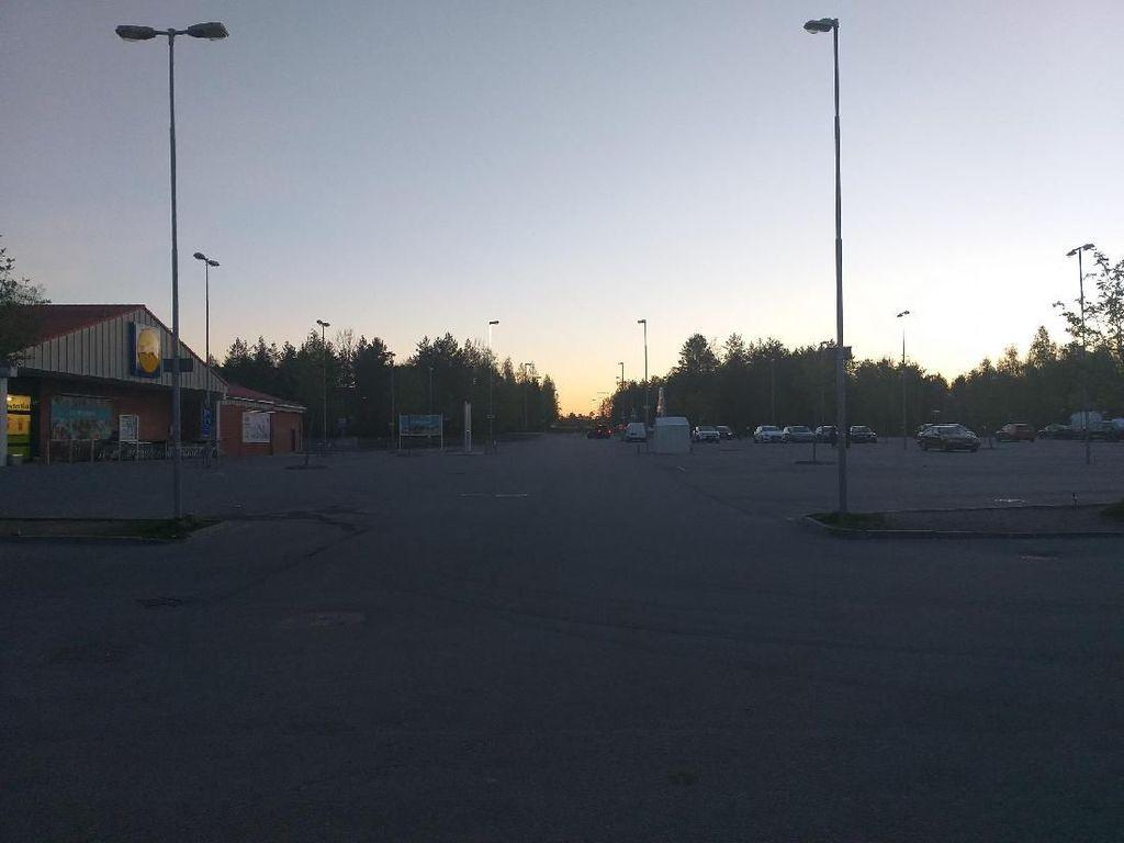 Puasa Tanpa Malam Hari di Utara Swedia