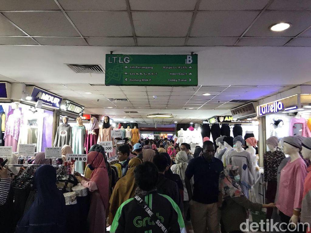 Pascarusuh 22 Mei, Pasar Tanah Abang Kembali Bergeliat