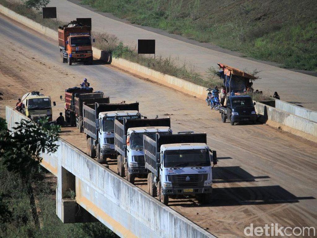 Simpang Susun Tol Cisumdawu Dibangun, Polisi Rekayasa Jalur