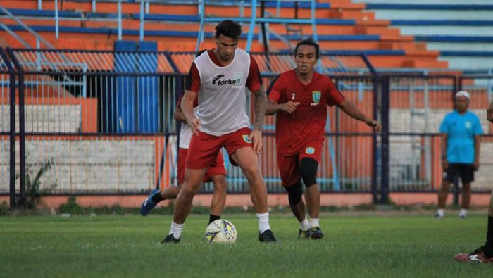 Persela Lamongan akan menyambangi Arema FC di pekan ketiga Liga 1 2019. (Foto: Eko Sudjarwo)