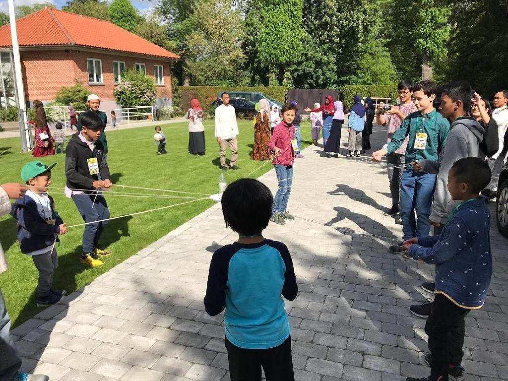 Intip Keseruan Bukber di KBRI Kopenhagen