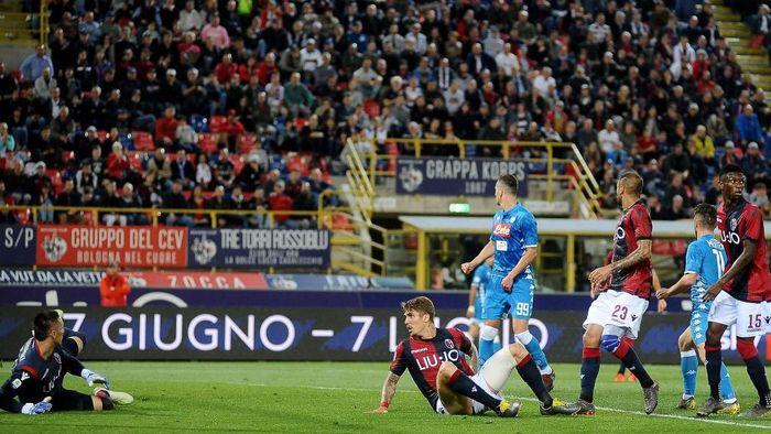 Napoli kalah dari Bologna. (Foto: Mario Carlini / Iguana Press/Getty Images)