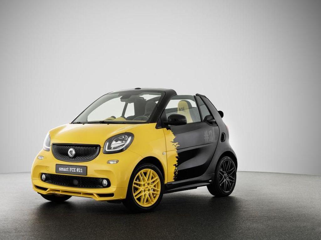 Mobil Smart Mungil Bermesin Bakar Terakhir