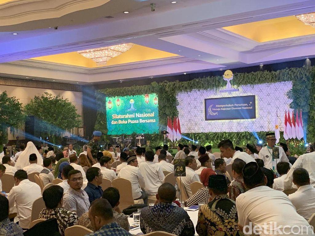 Buka Puasa Bareng Jokowi-HIPMI, Sandiaga Tak Hadir