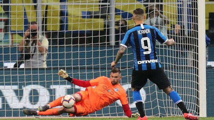 Mauro Icardi gagal mengeksekusi penalti saat Inter Milan menjamu Empoli. (Foto: Gabriele Maltinti/Getty Images)